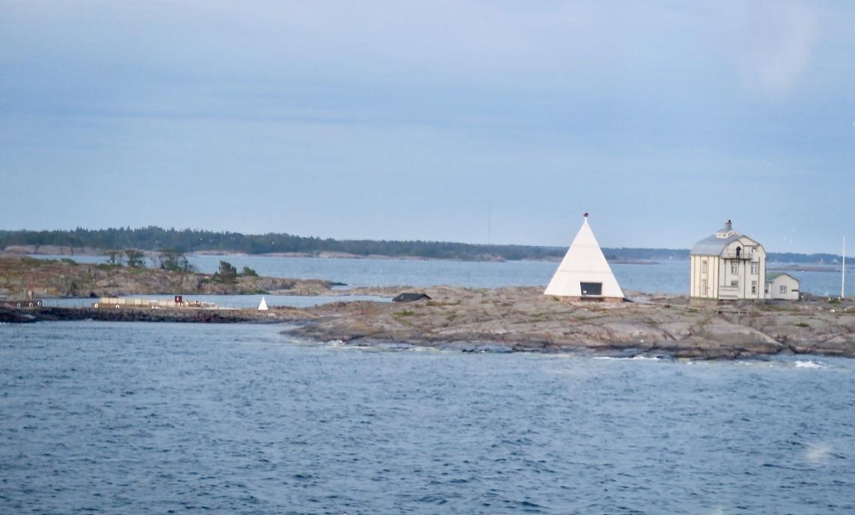 Cinderella gör ett kort stopp i Mariehamn innan hon fortsätter mot Gotland.