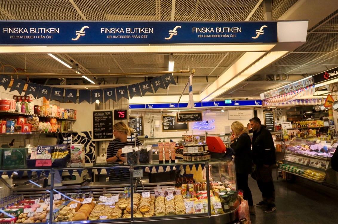 Stockholm igår. Besök i Finska butiken i Hötorgshallen.