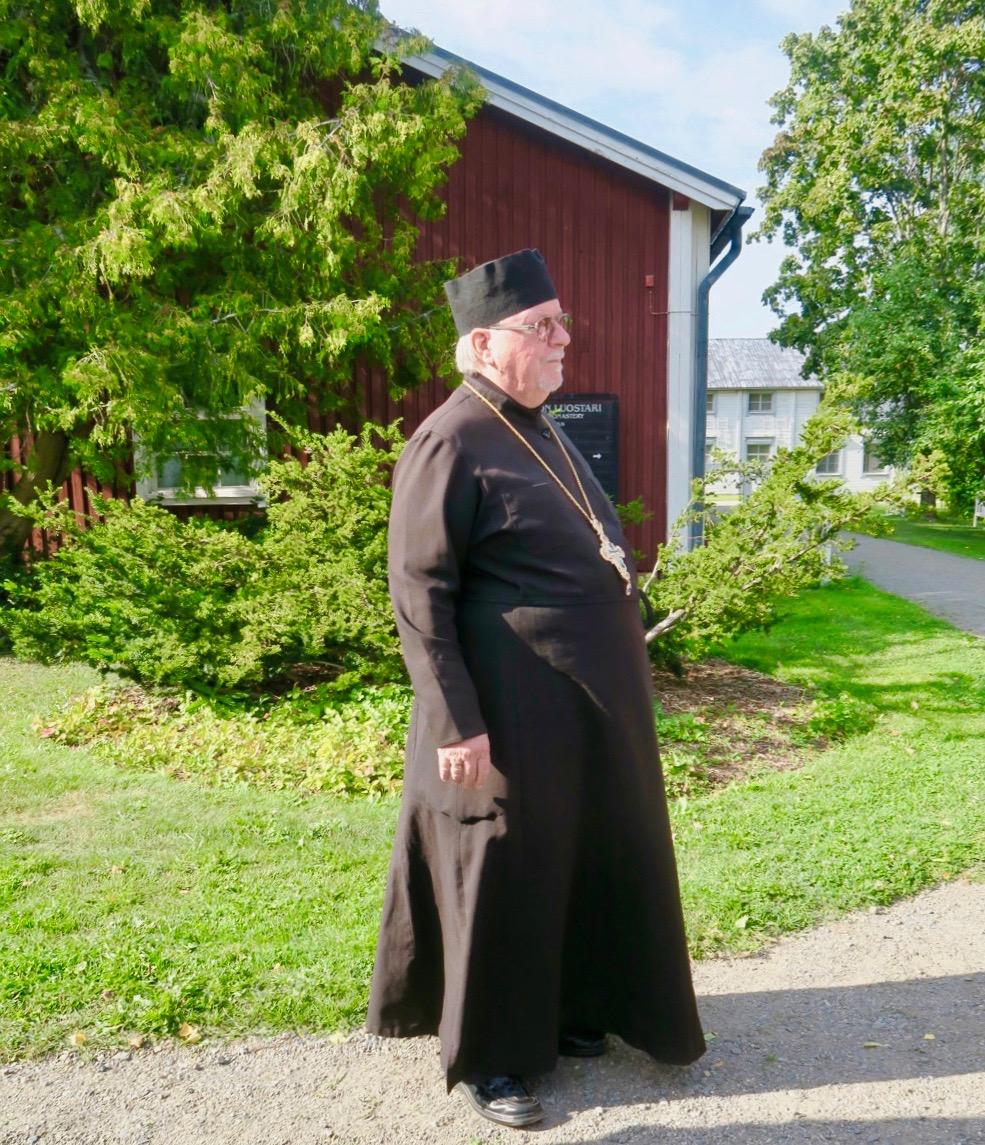 """Fader Sergei är """"chef"""" -abbot-präst i Nya Valamo kloster"""