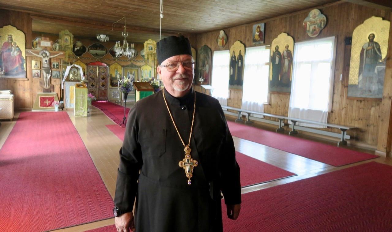 Fader Sergei är abbot, präst och chef för Nya Valamo kloster.