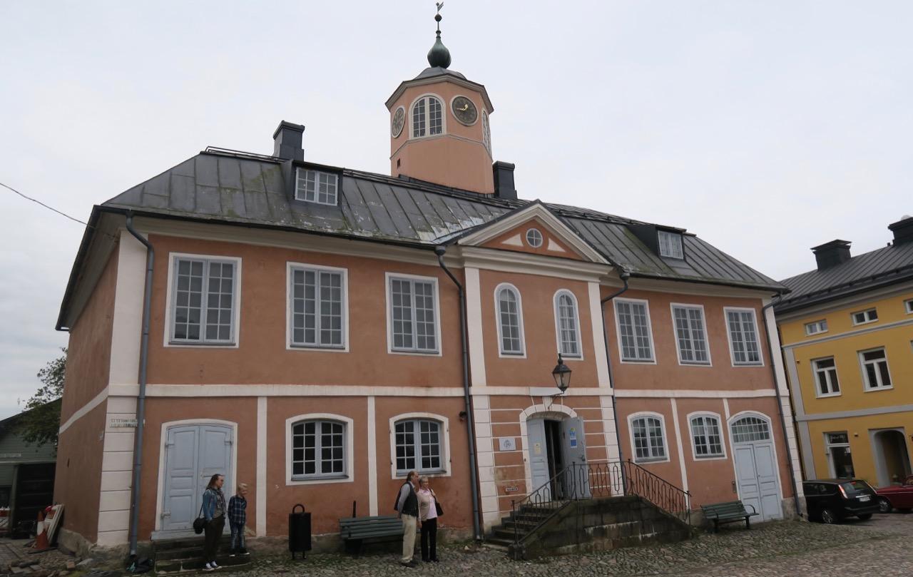 Rådhuset i Borgå är öppet för allmänheten- Själva nyggnaden är från mitten av 1700-talet