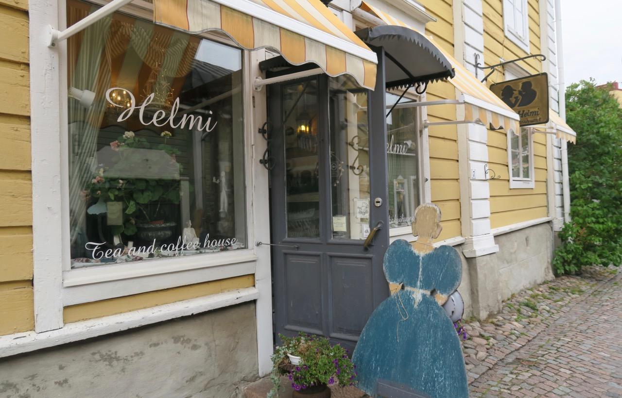 Gott om mysiga caféer i Borgå. Många i äldre stil här i gamla delen av stan.