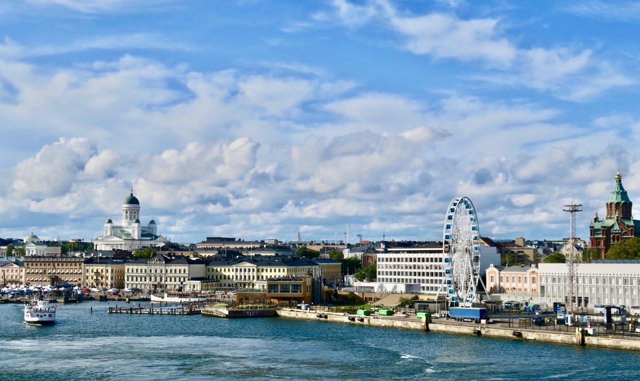 Vi lämnar Helsingfors efetr att ha tillbringar en vecka i östra Finland, i Insjöfinland.