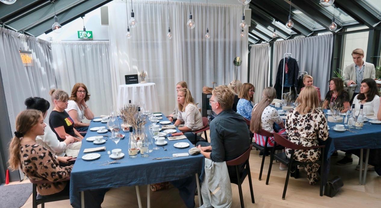 Många inspirerande samtal blev det under lunchen. Roligt att träffa många olika yrkesgrupper.