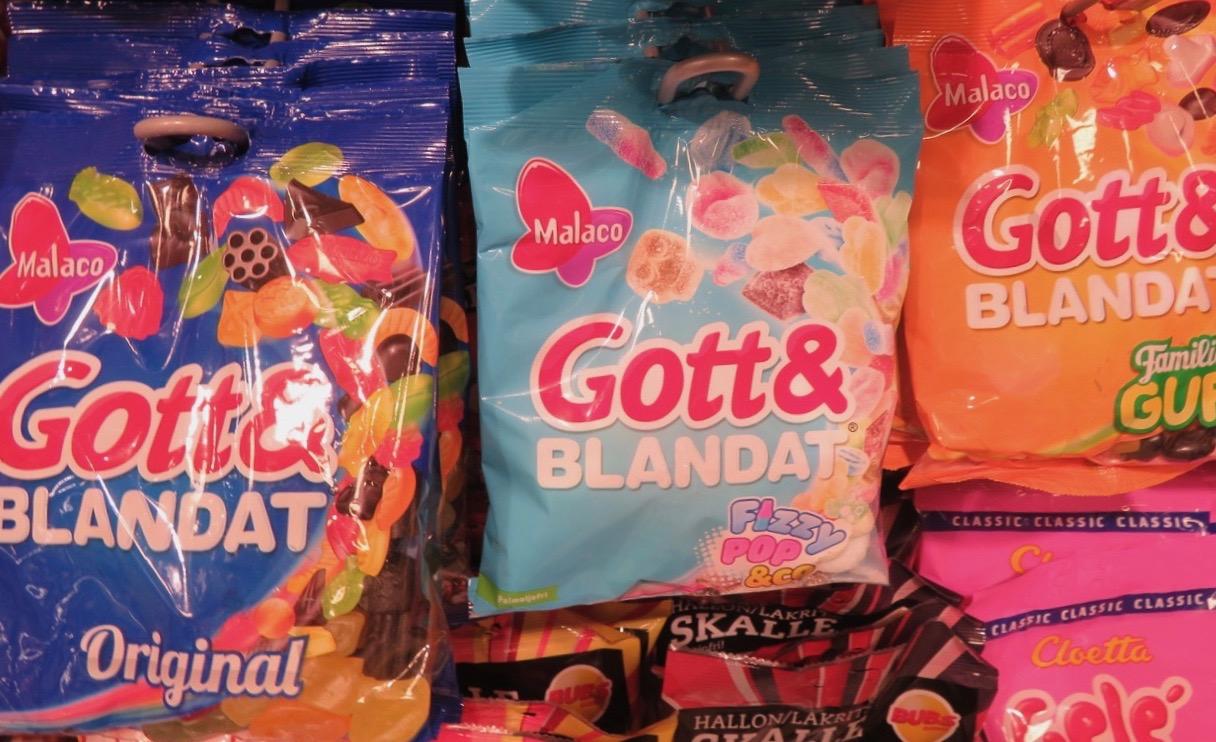 Här kan man, om man vill, blanda olika varianter av godiset Gott& Blandat.