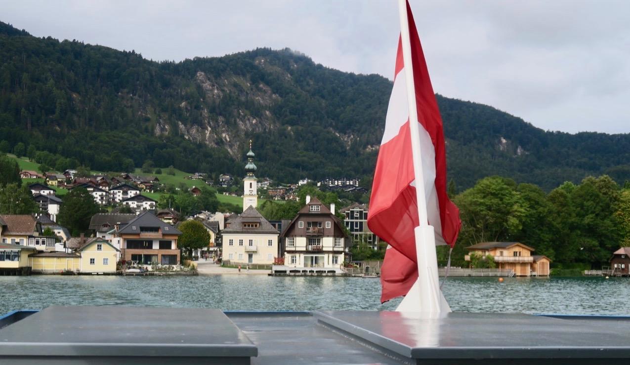 Vi lämnar St. Gilgen. FRån Salzburg kan man ta sig hit eller utforska områden med hjälp av