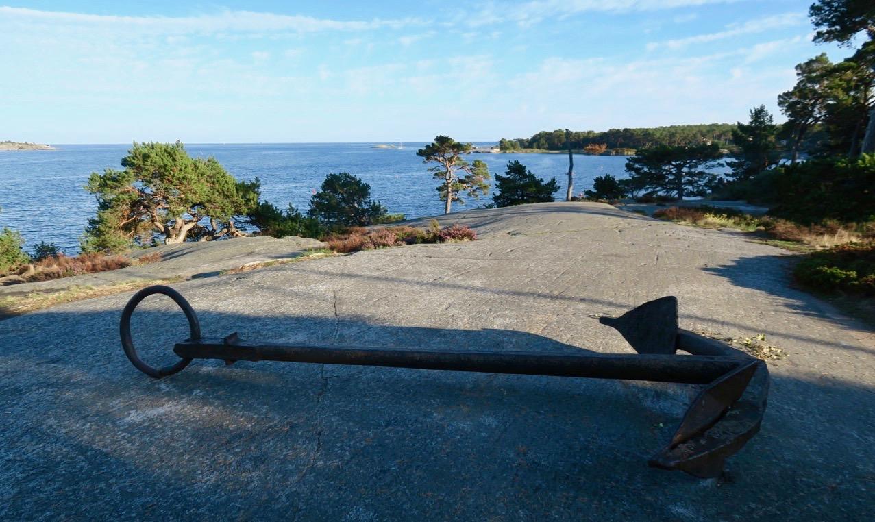 Härliga Sandhamn och här finns gott om platser där havet ständigt är närvarande.