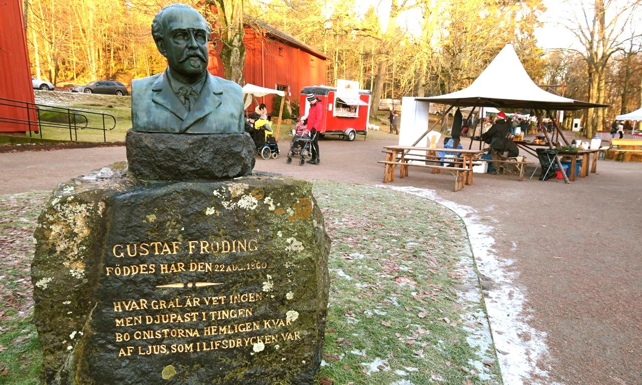 Och visst förknippar man Gustaf Fröding med Värmland.