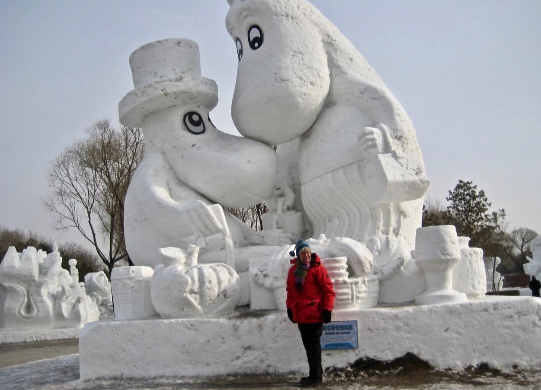 Mumintrollen och jag på festival i Harbin, Kina.