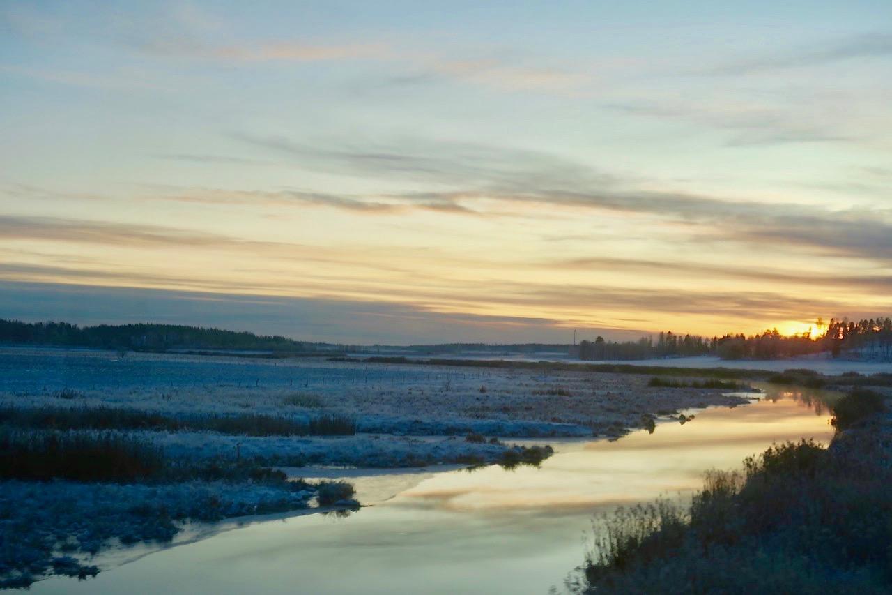 Under gårdagens fina hemresa från Värmland llämnade jag taknarna att ge mig ut på jakt för att lösa bloggproblemet,