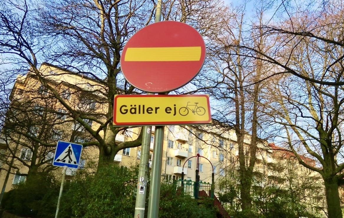 Jag tar oftta en promenad längs Södermannagatan. Alltid trevligt.