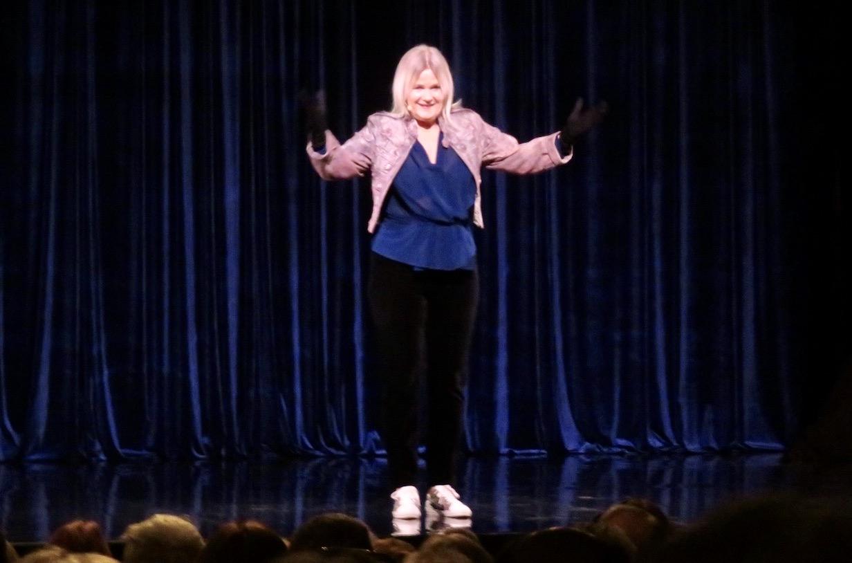 """Listor var det gott om i Sissela Kyles föreställning """"Etta på listan""""."""