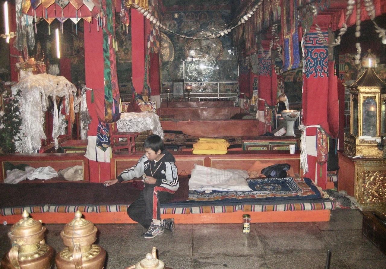 Gandenklostret. Sovsalar och så här kan en munk bo.