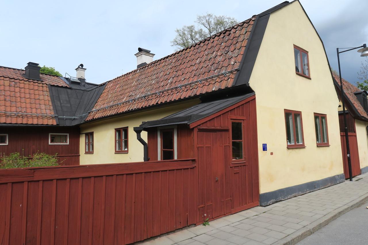 Gaveliusgatan med den gamla byggnaden från 1700- talet, Fagges krog. Idag vanliga bostäder.