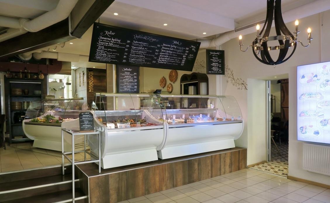 Stockholm. Södermalm. Taook en libanesisk restaurang med väldigt god mat. Och man kan få flera smakprov av olika rätter.