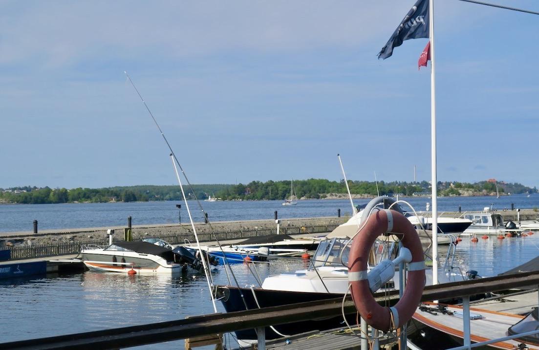 Nacka strand utanför Stockholm. Här passerar alla fartyg/båtar som ska till eller från Stockholm.