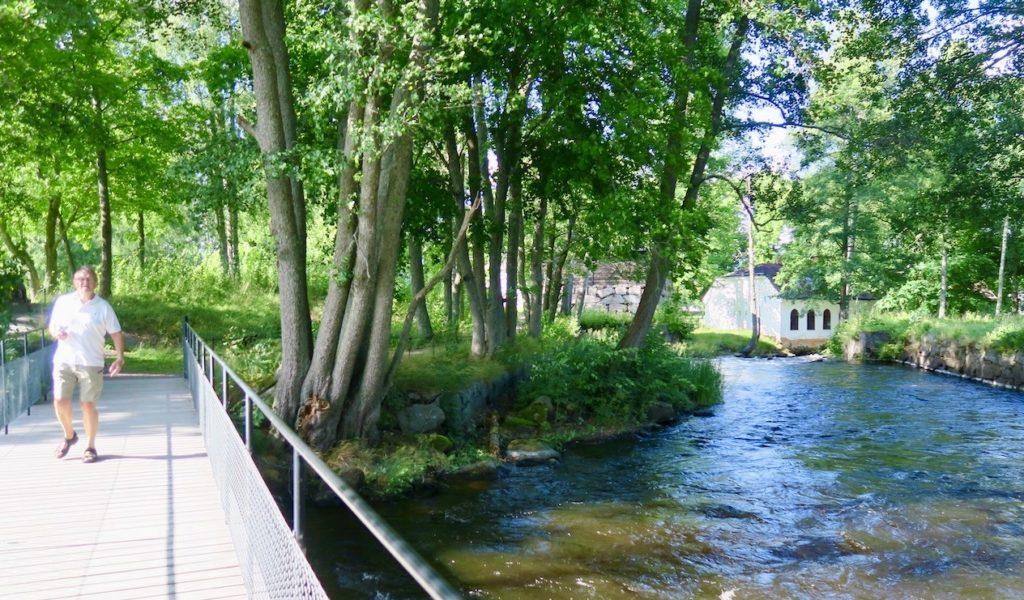 Gysinge Bruk i Gästrikland. Här omges man överallt av det så viktiga vattnet från Dalälven.
