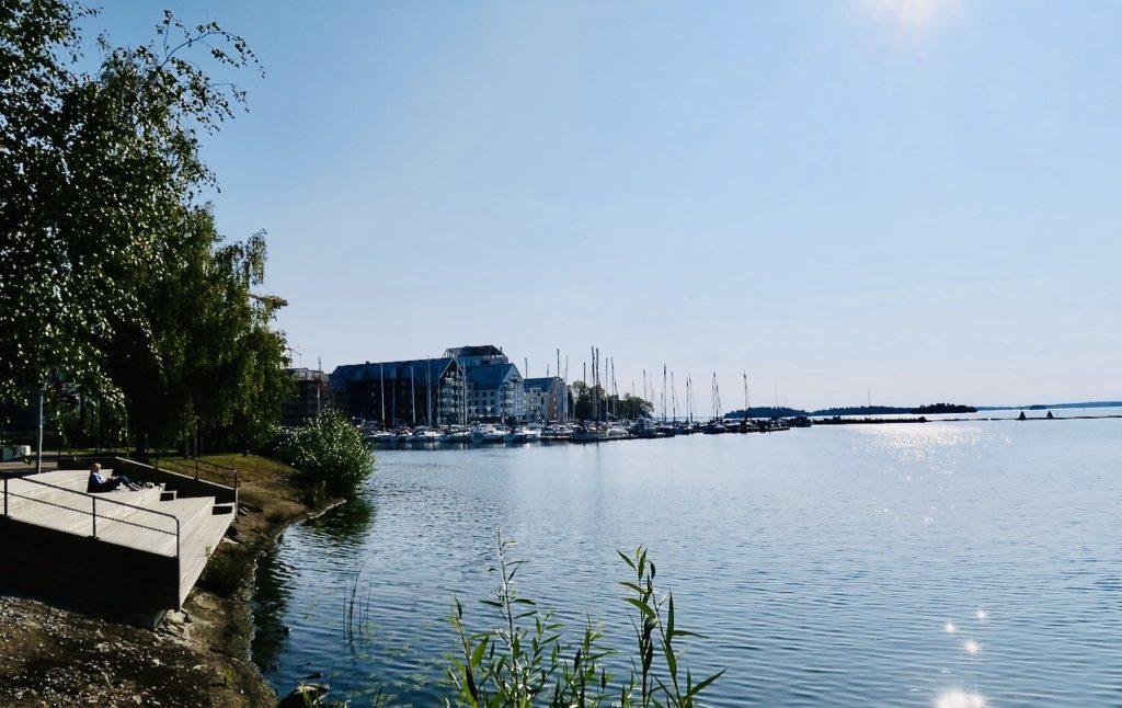 Västerås bköd på strålande vakcert väder och Mälarens vatten glittrade.