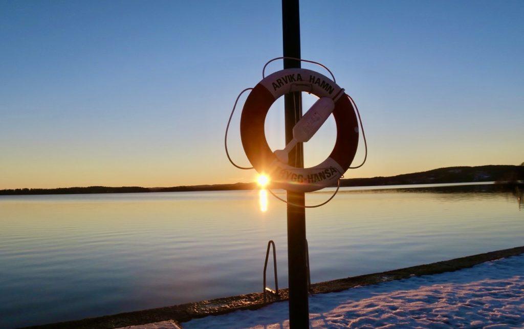Arvika. Solnedgång över Glafsfjörden. Tänk att både solnedgångar och soluppgångar kan vara så stämningsfulla.