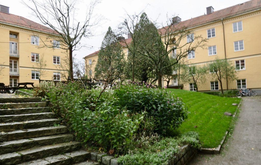 Sockholm.Södermalm. Kvarteret Metern från 1926.Förvissa är området gammalt men nytt i mångt och mycket.