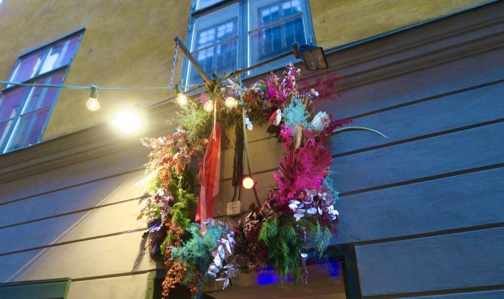 Stockholm. Gamla stan. Här är Kristoffers blommor en av mina favoriter.