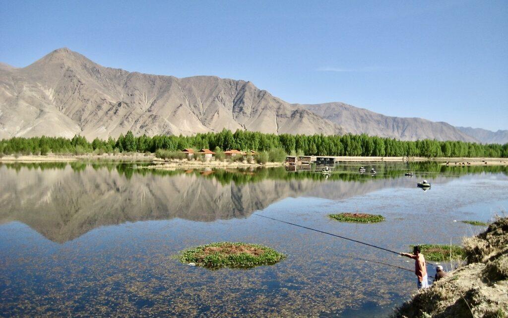 Tibet. Här råder torrt inlandsklimat nio månader om året.