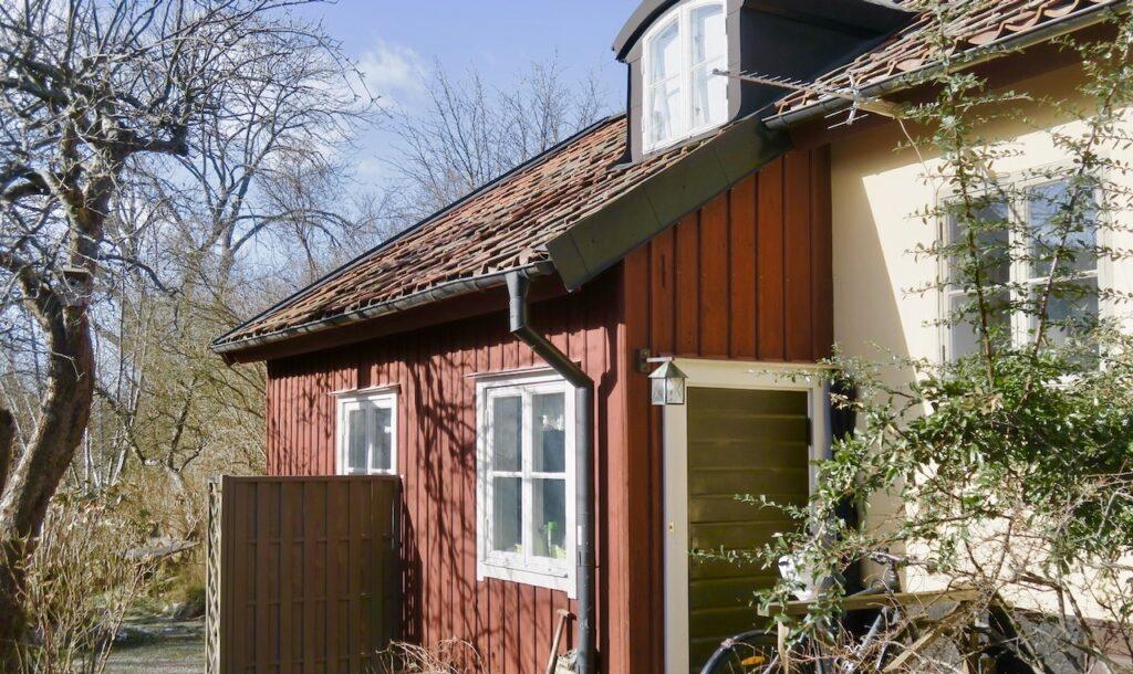 Stockholm. Södermalm. Skinnarviksberget. Gamla Lundagatan. Gamla hus med god utsikt över Mälaren och Stockholm.