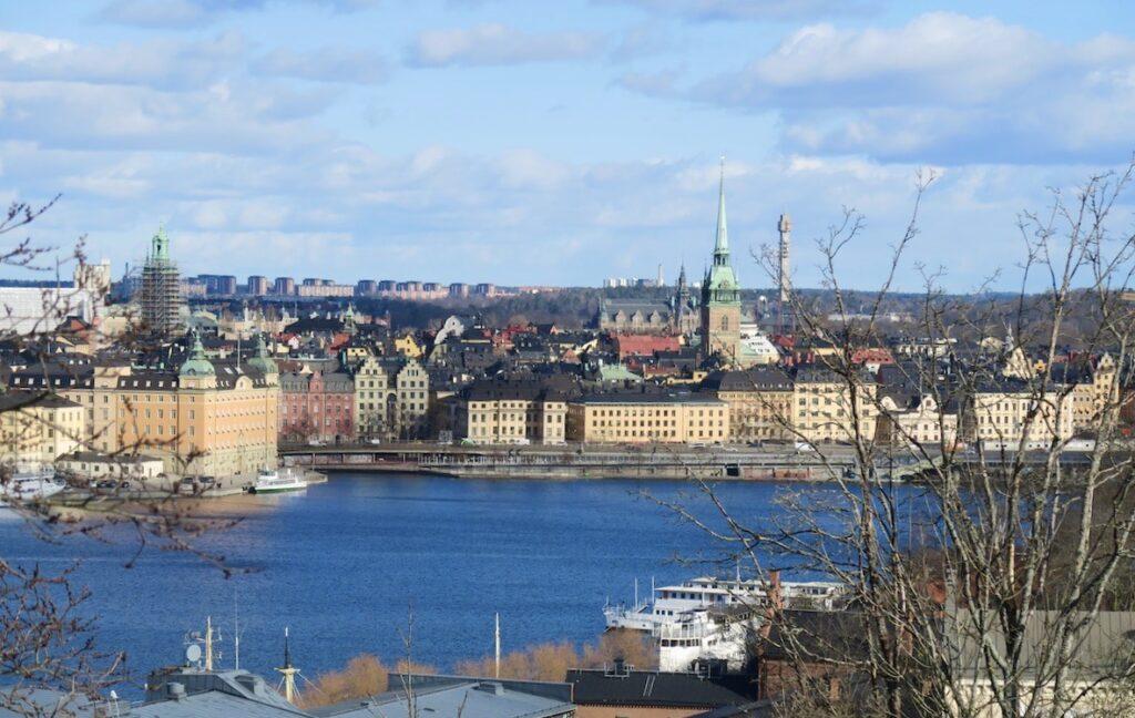 Stockholm. Södermalm. Här på höjden på Monteliusvägen har man en fantastisk vy över huvudstaden. Gamla stan, Riddarholmen.