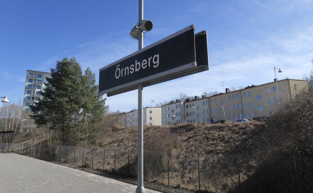 Stockholm . Örnsberg ligger 6 km söder om Slussen och var för mig okänd mark.