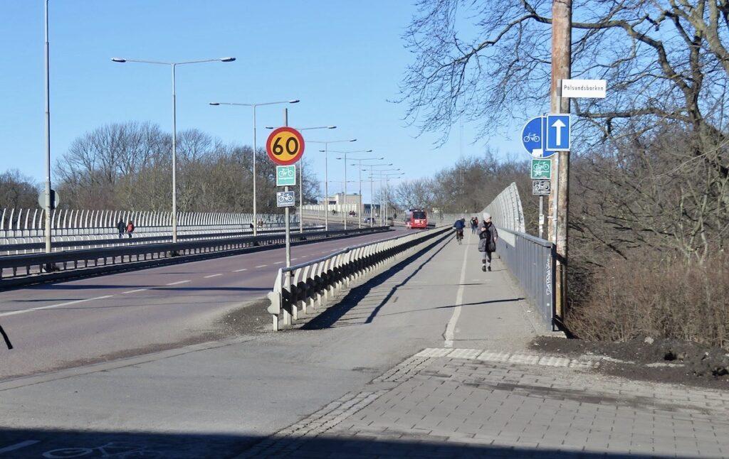 Stockholm. Snart på väg över Västerbron.