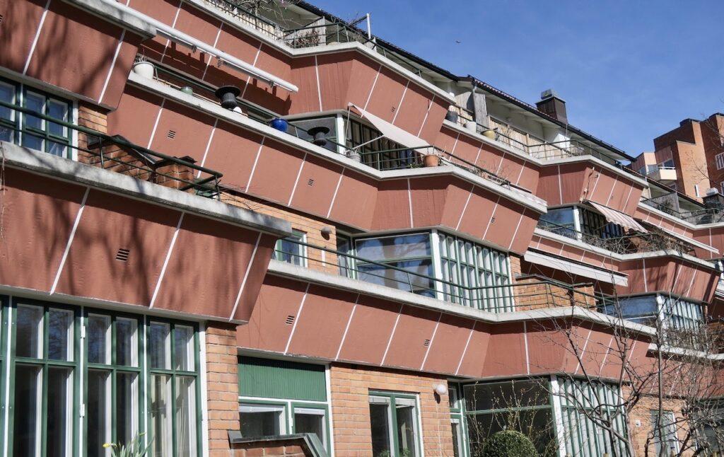 Stockholm. Stadsdelen Gröndal. Detta terrasshus blev byggt mellan 1949 och 1951 och var det första i sitt slag i landet.