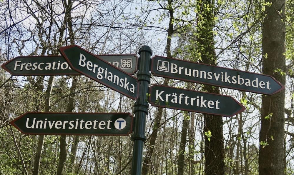 Stockholm. Norra Djurgården. Tydliga vägvisare.