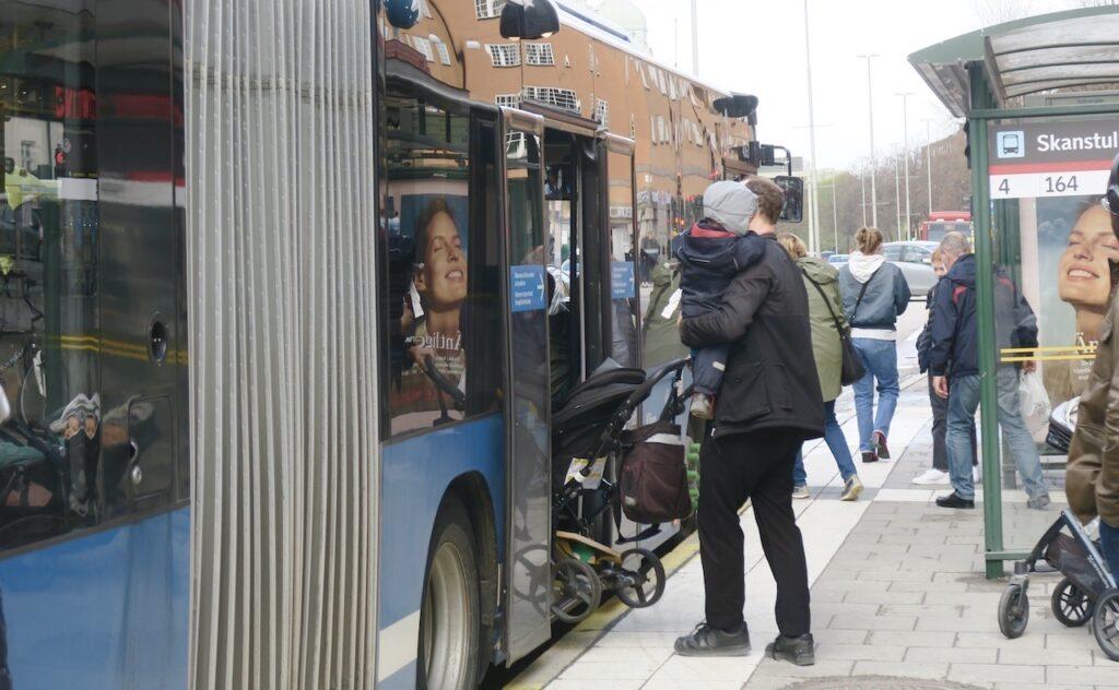 Stockholm. Södermalm- Lätt hänt att missa en buss
