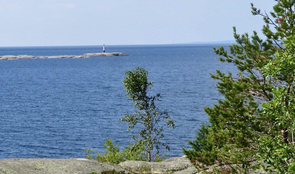 Höga kusten. Längst ut på Skagsudde.