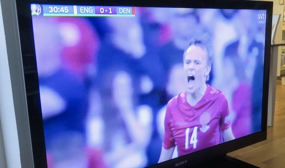 Em semifinal. Ett fint möte mellan England och Danmark. här har Danmark tagit ledingen med 1-0.