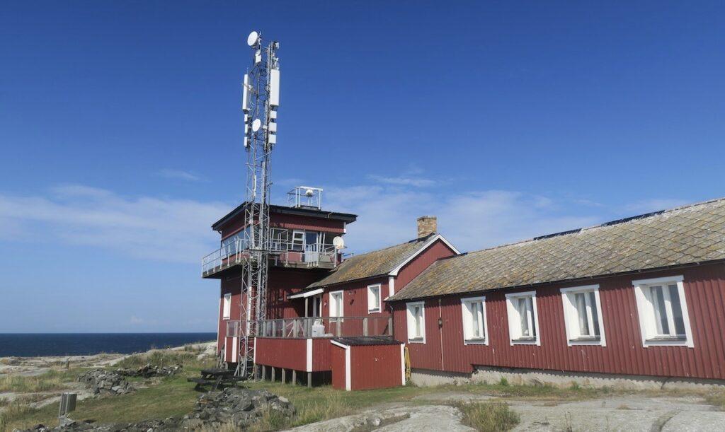 Huvuubyggnaden på Söderarm heter Storm och har flera små matsalar och även en del gästrum.