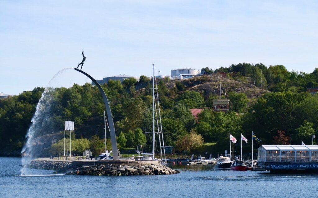 Sockholm. Nacka strand passeras på väg till Vaxholm.